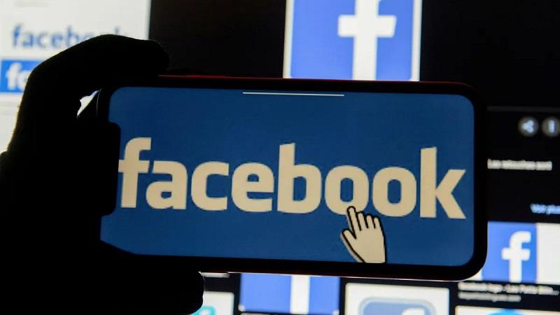 peran facebook, peran facebook sebagai media komunikasi bisnis online, peran halaman facebook, skripsi peran facebook sebagai media komunikasi bisnis online, peran media sosial facebook, peran facebook, peranan facebook dalam pengembangan produk multimedia, jelaskan peranan facebook dalam kehidupan manusia saat ini, peran halaman di facebook, cara mengubah peran halaman facebook